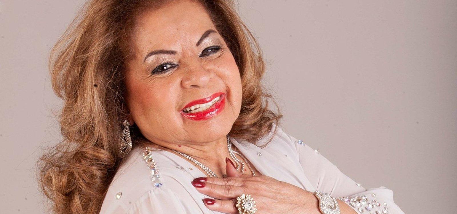 Corpo de Angela Maria é sepultado em São Paulo