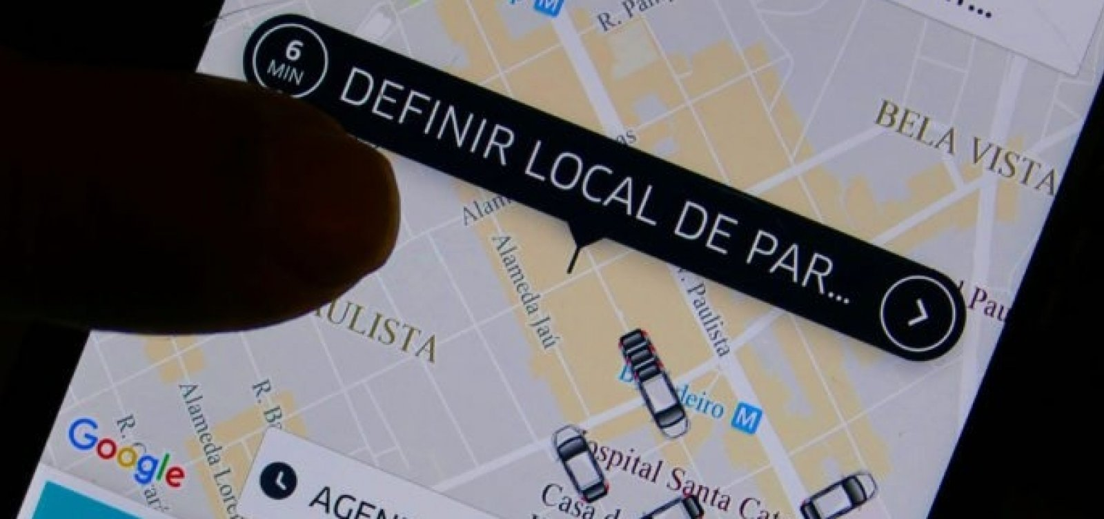 Motorista de Uber denuncia agressão de taxistas em Porto Seguro