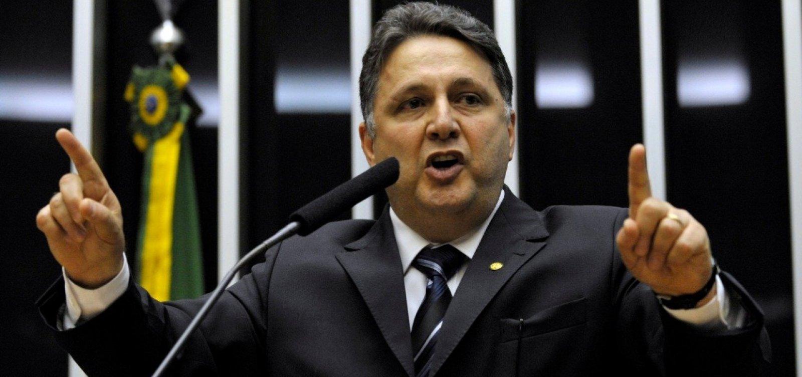 Celso de Mello nega pedido de Garotinho para suspender decisão do TSE que barrou registro