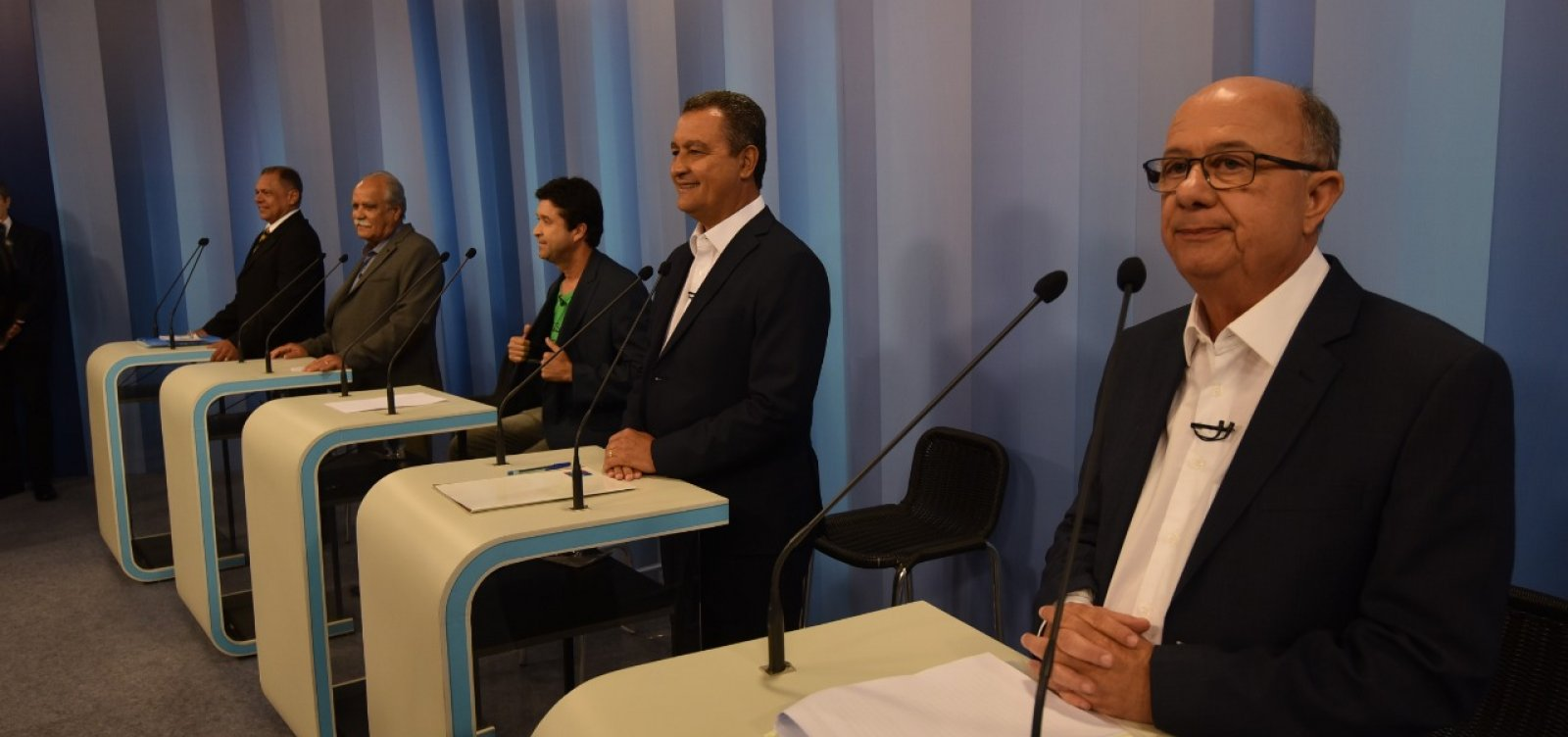 Debate na TV Bahia: 2° bloco tem defesa do Planserv e embate entre Rui x Ronaldo
