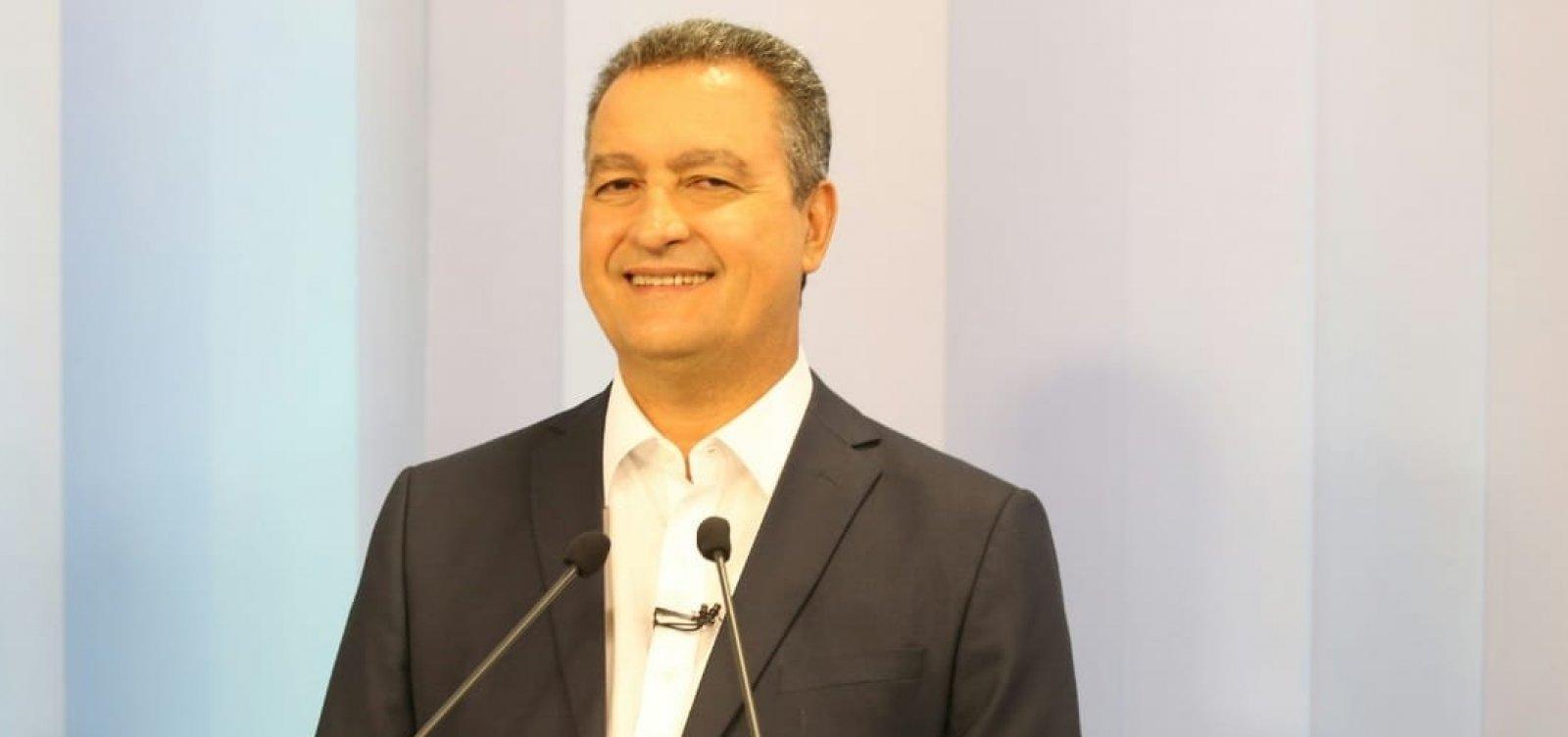 Debate na TV Bahia: para fugir de Ronaldo e Santana, Rui faz dobradinha com candidato de Bolsonaro