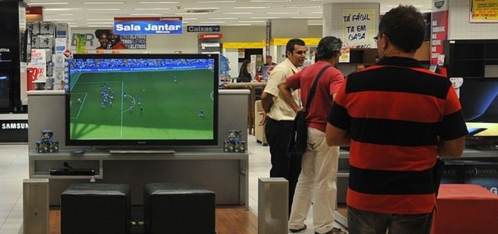 Entrada de empresas no país cai pelo 7º ano consecutivo, diz IBGE