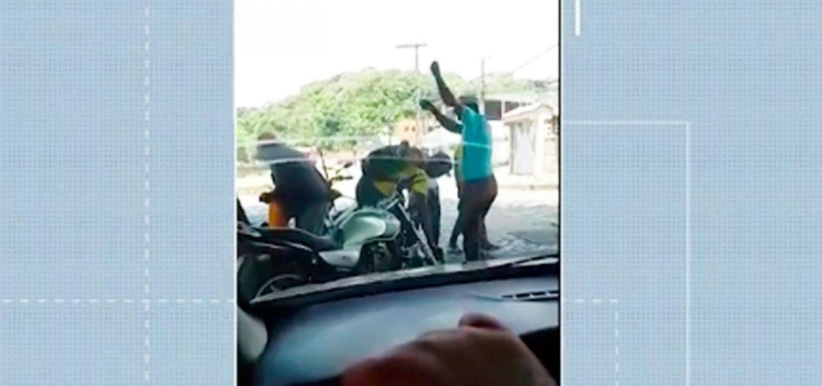 Servidores da prefeitura de Ilhéus são afastados por desvio de gasolina para moto particular