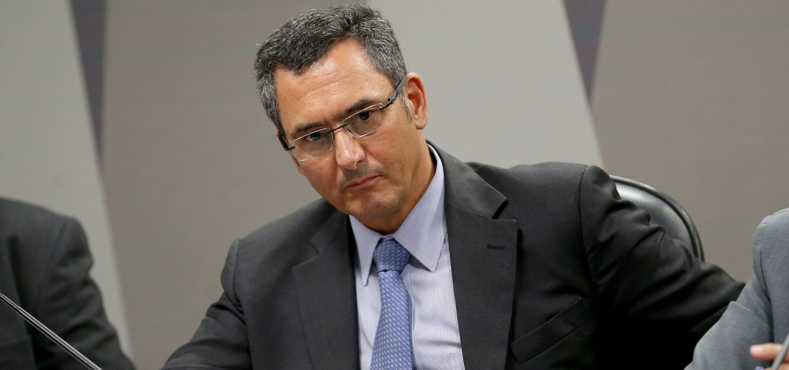 Guardia defende solução para crise fiscal em encontro com ministros do STF