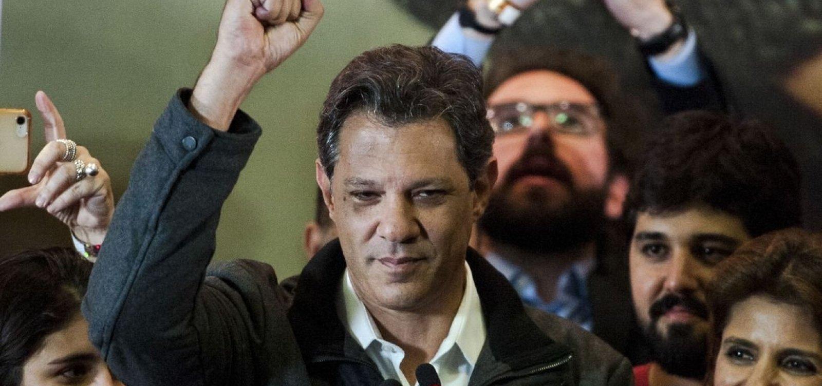 Haddad fala em 'unir os democratas do Brasil' no segundo turno