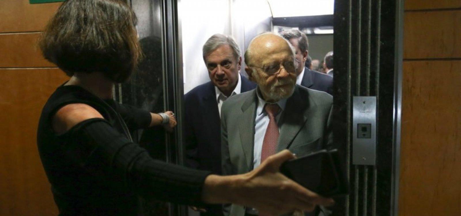 PSDB de São Paulo expulsa 17 filiados por infidelidade partidária