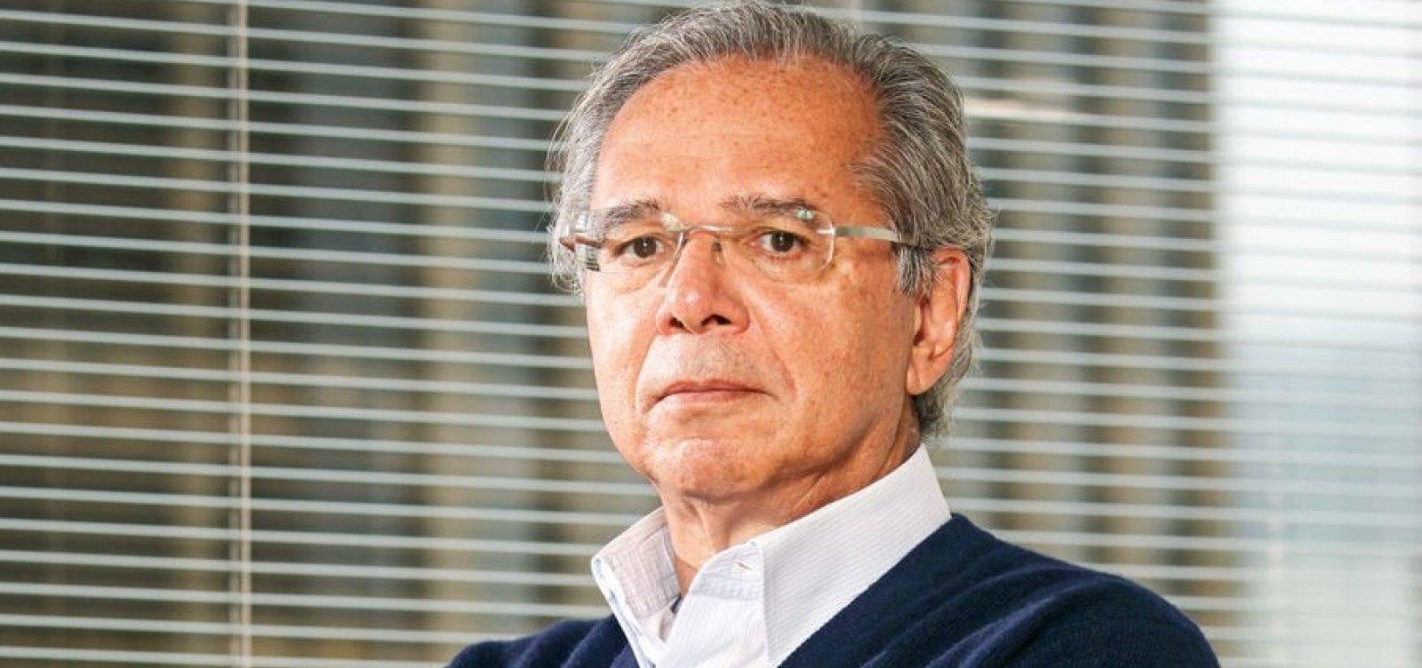 Procuradoria investiga Paulo Guedes sob suspeita de fraude