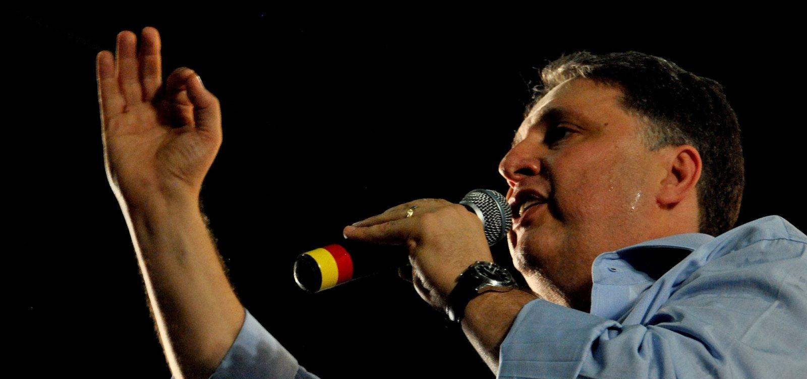 Ministro do STF proíbe Garotinho de ser preso