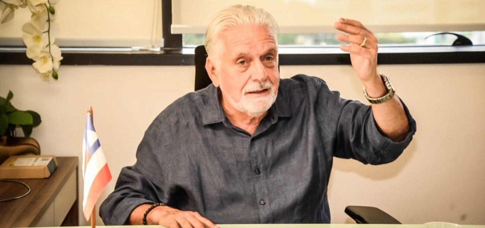 ACM Neto apoia Bolsonaro para tentar 'salvação', critica Wagner