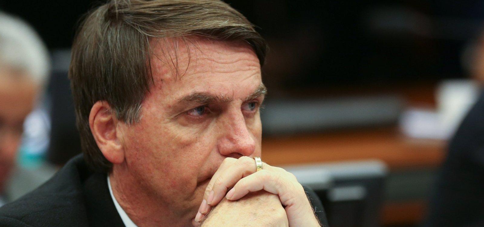 Dólar sobe e bolsa cai com declarações de Bolsonaro