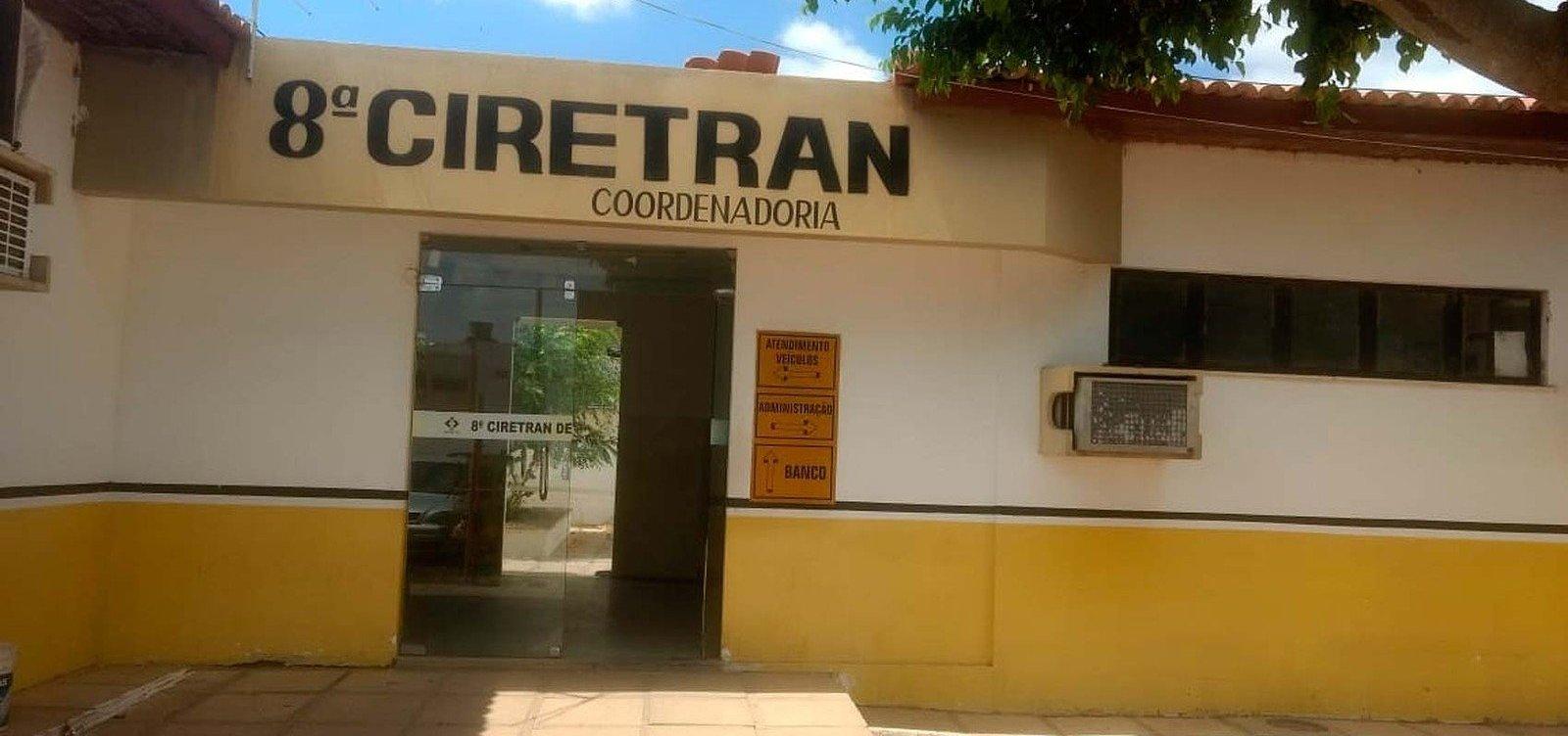 Coordenador e ex-servidor do Ciretran de Juazeiro são presos por venda de carros apreendidos