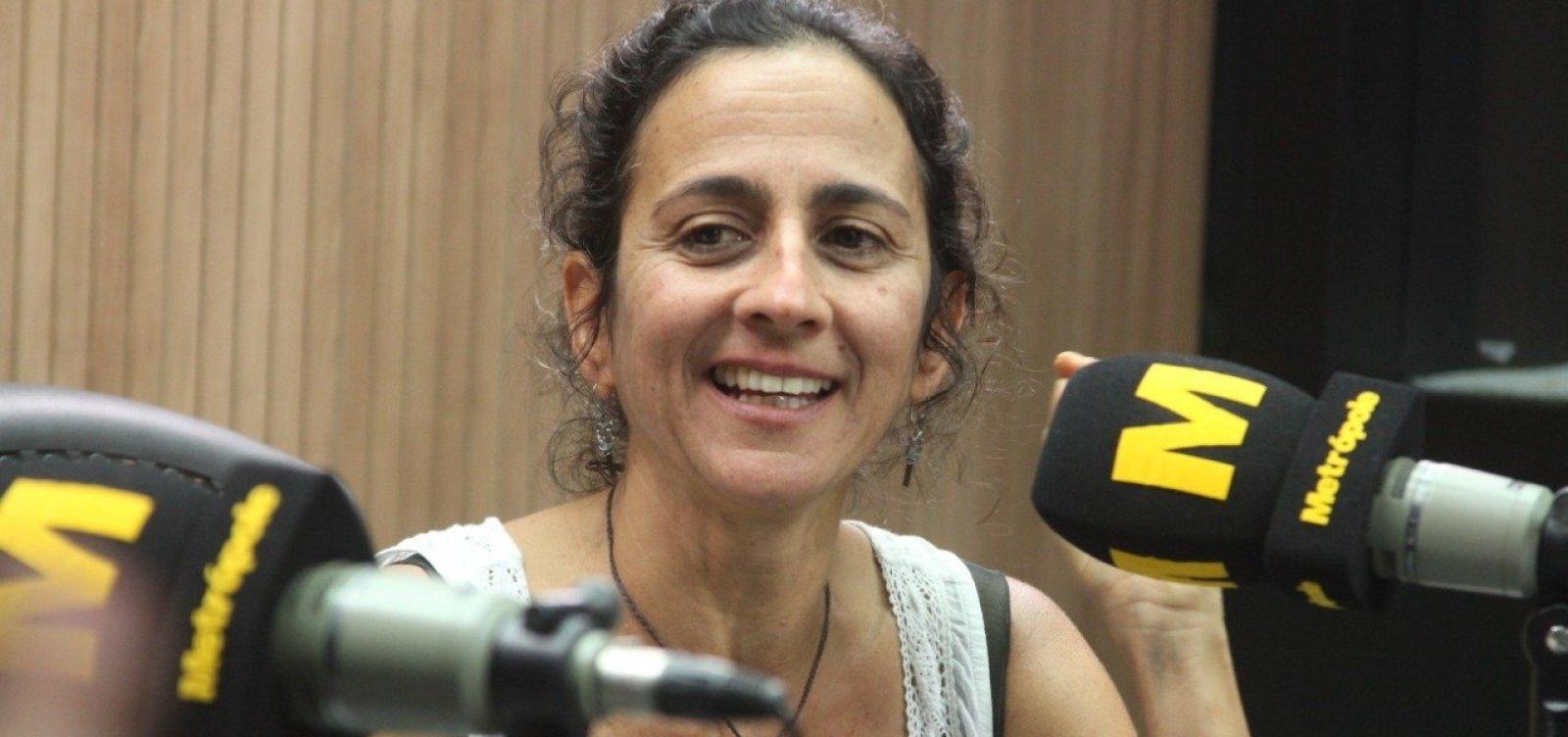 'Superiora da Globo me mandou dizer que era baiana', conta Maria Menezes