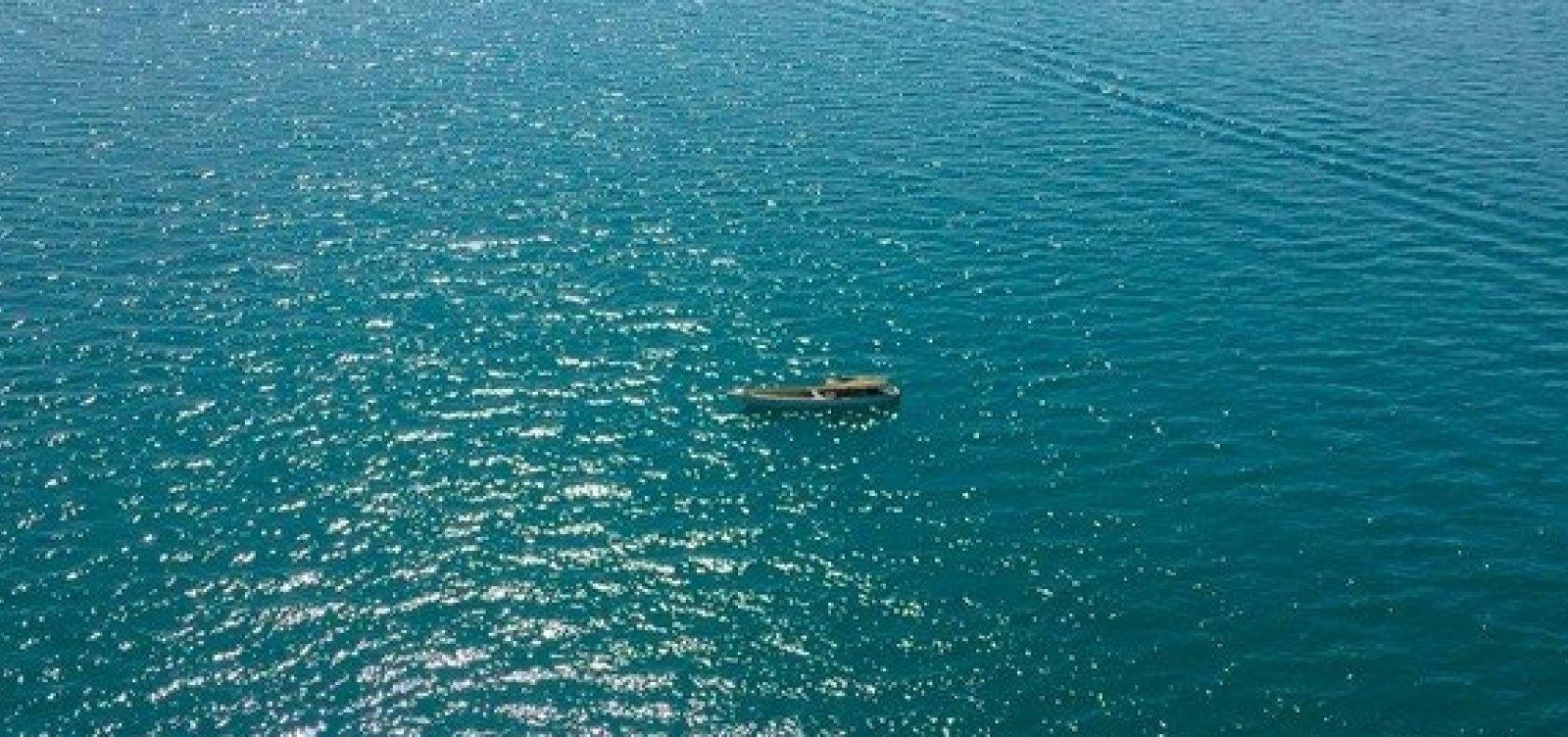 Pescadores ficam 16 horas à deriva no mar de Salvador