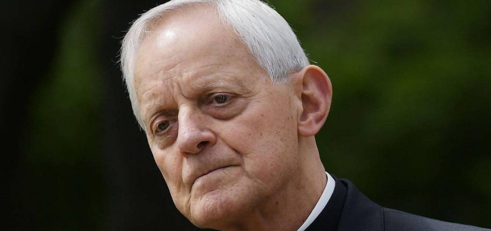 Papa aceita renúncia de arcebispo acusado de encobrir casos de pedofilia