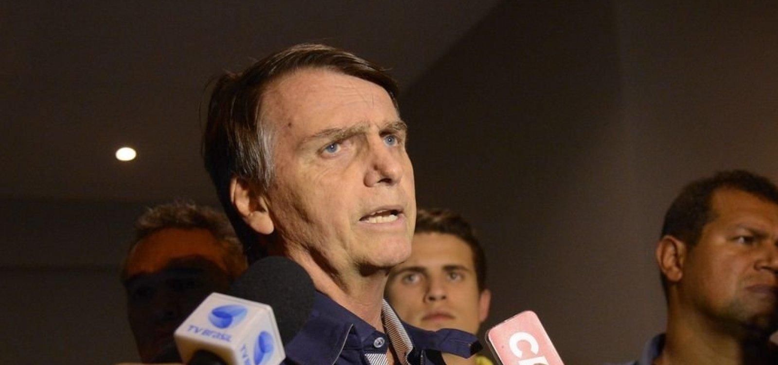 'Bato papo com ele sem problema nenhum', afirma Bolsonaro sobre Doria