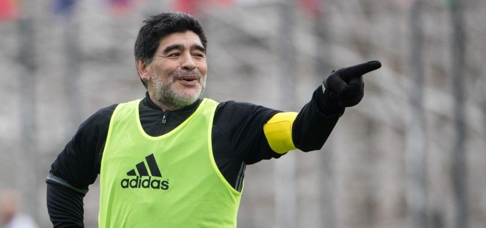 Maradona diz que Messi não é líder em campo