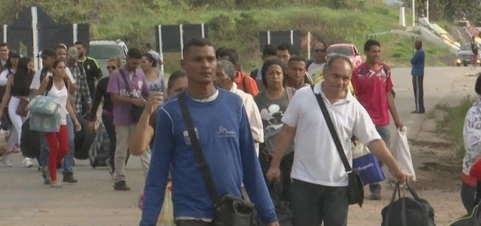 Cai o número de imigrantes venezuelanos que entram no Brasil