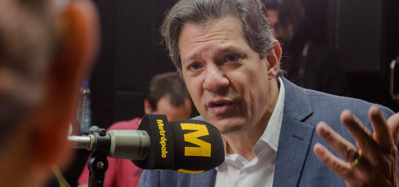 'Temos uma bomba relógio para explodir e temos que evitar', diz Haddad sobre Bolsonaro