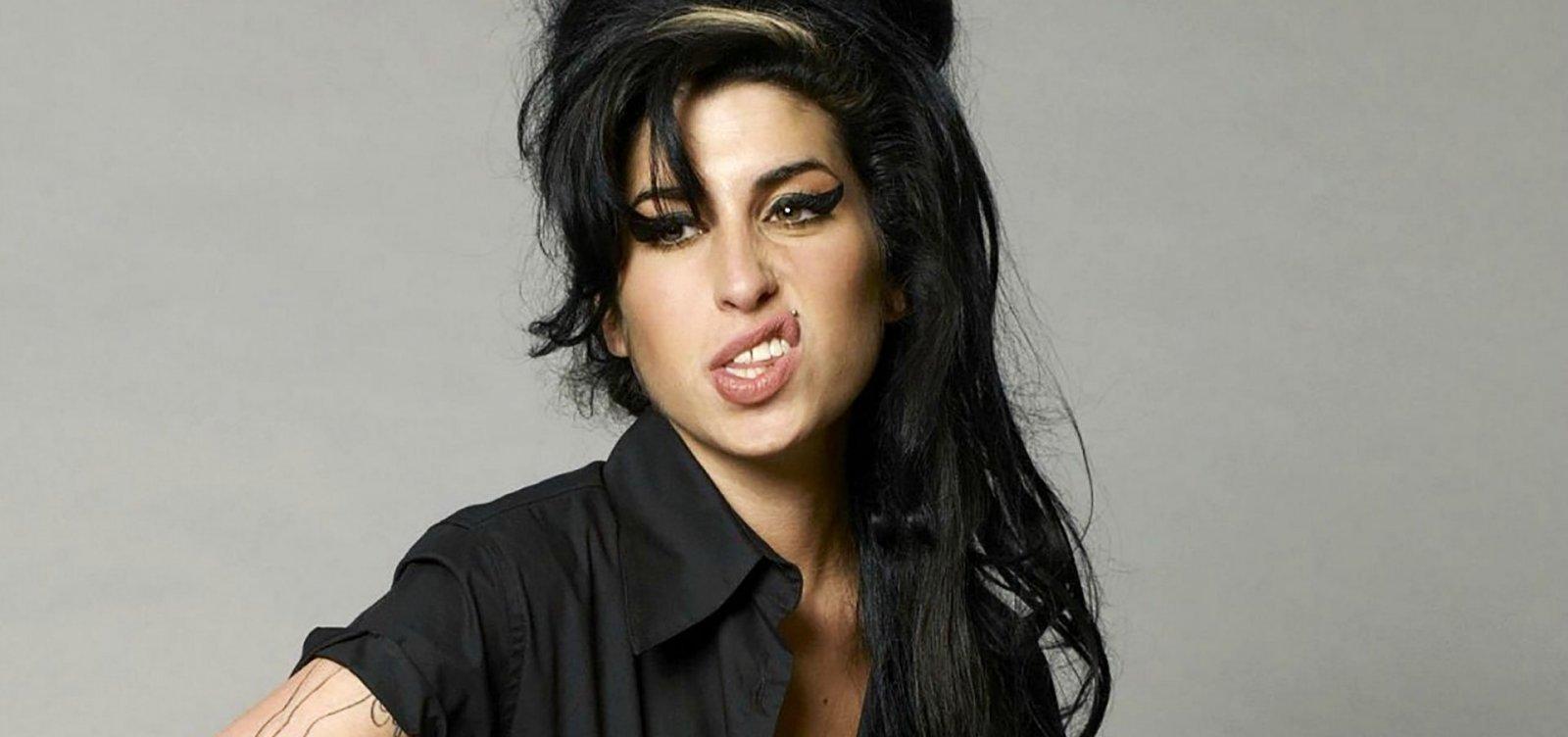 Amy Winehouse ganhará cinebiografia autorizada pela família