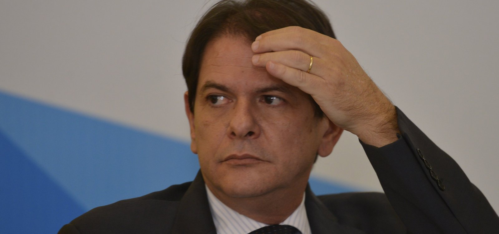 Bolsonaro coloca críticas de Cid Gomes ao PT em programa eleitoral