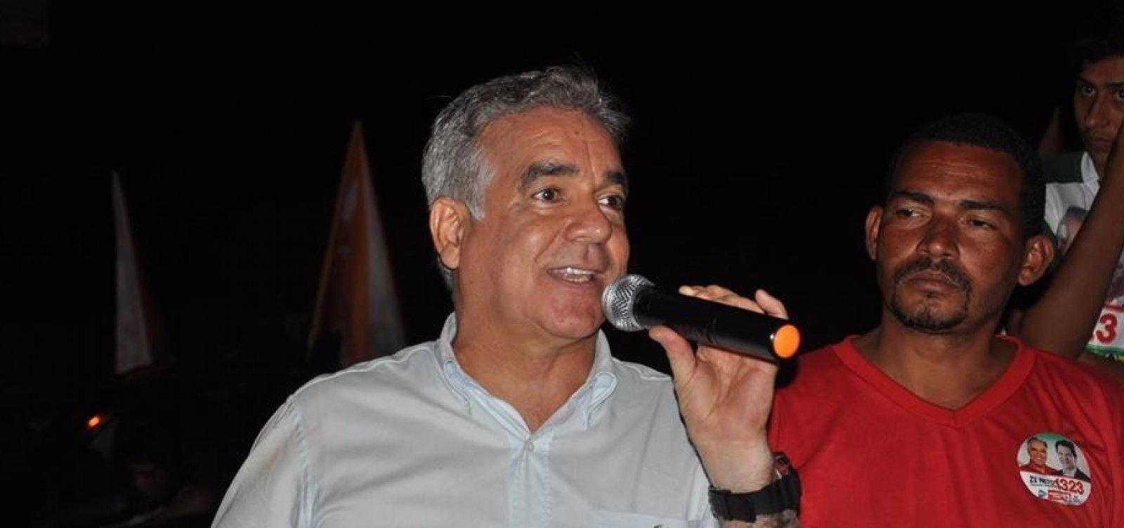 Líder do governo minimiza ameaça de Nilo de deixar base de Rui