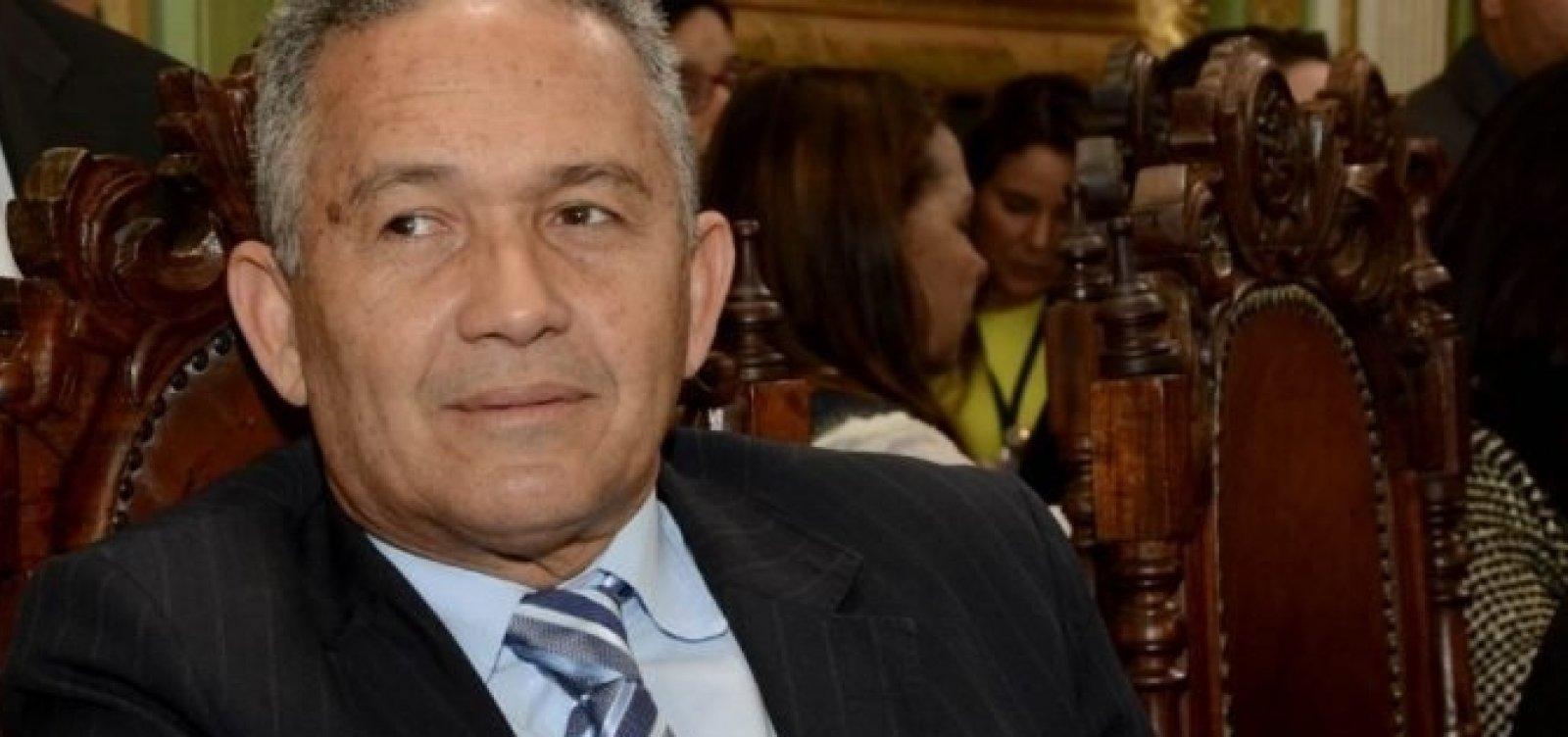 Téo Senna abre mão de candidatura e apoia Geraldo Júnior