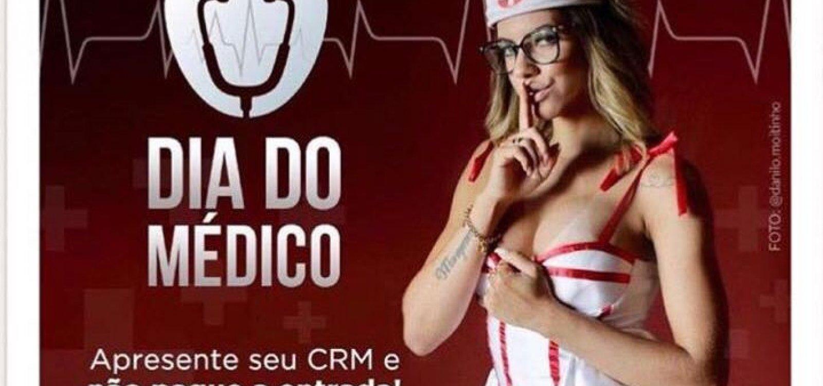 Clube adulto em Salvador usa 'enfermeira' em outdoor e revolta entidades