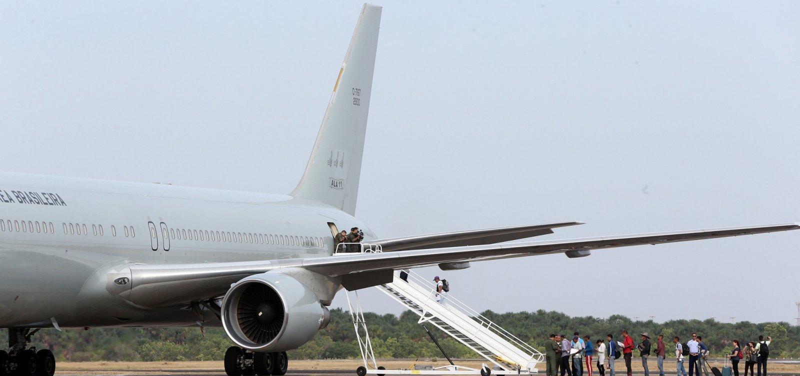 Latam aumenta taxa de despacho de bagagem e passa a cobrar pelo serviço em viagens na América do Sul