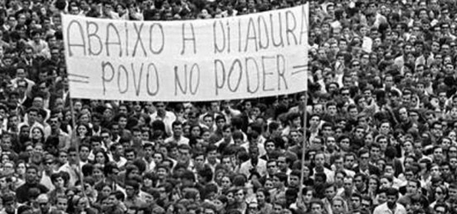 Metade dos eleitores afirmam que há 'alguma chance' de haver nova ditadura no Brasil, diz Datafolha