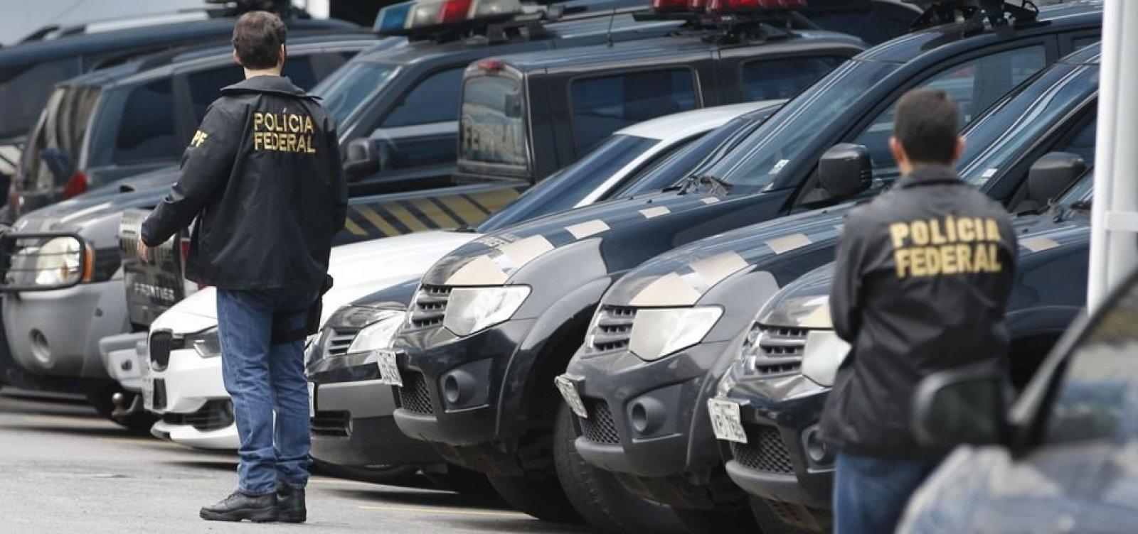 Polícia Federal vai investigar envio de mensagens em massa no WhatsApp