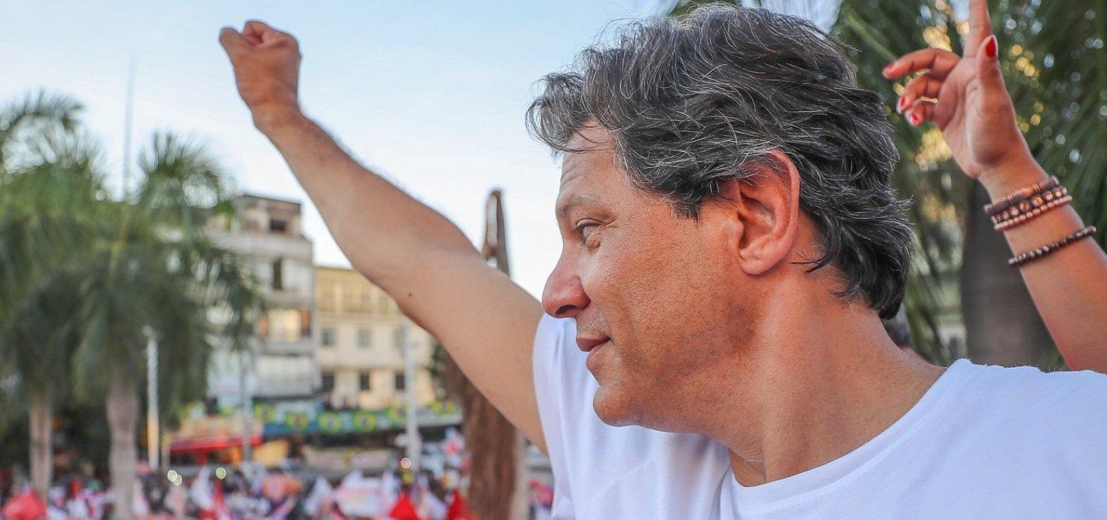 No Maranhão, Haddad promete aumentar em 20% o Bolsa Família
