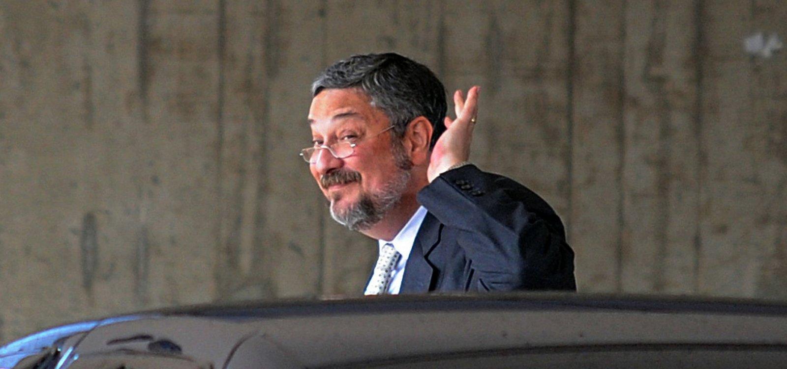 Palocci acusa Lula de combinar falso testemunho sobre reuniões com delator