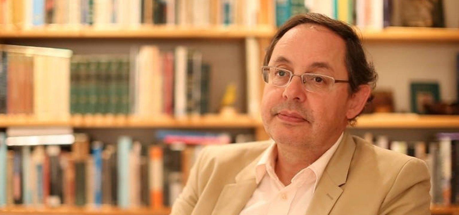 'Todos os líderes de extrema-direita têm um elemento de palhaço, de bufão', diz economista
