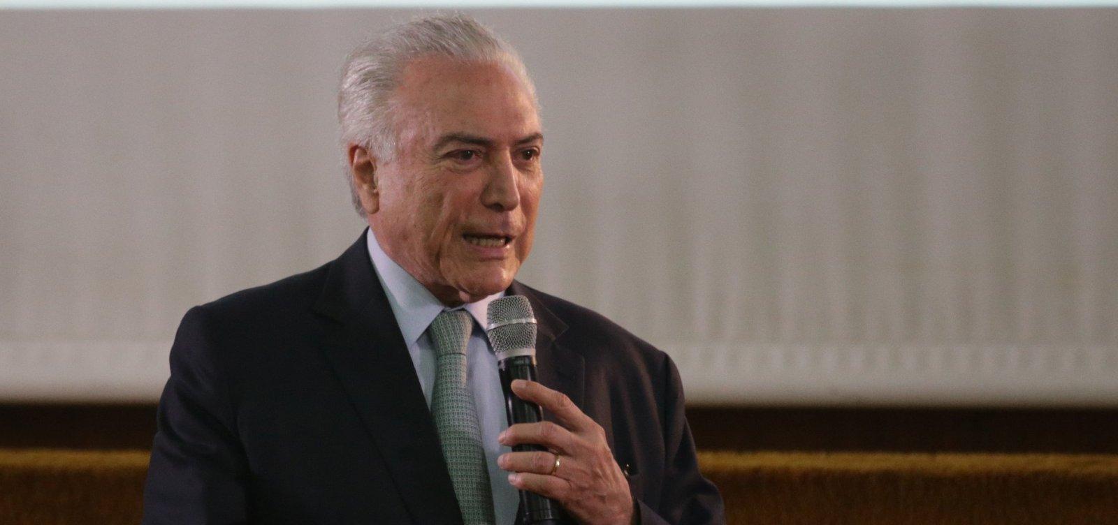 Temer busca aproximação com Bolsonaro