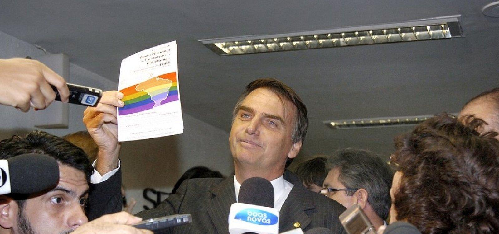'Vamos acabar com o coitadismo de negro, mulher, gay, nordestino', diz Bolsonaro