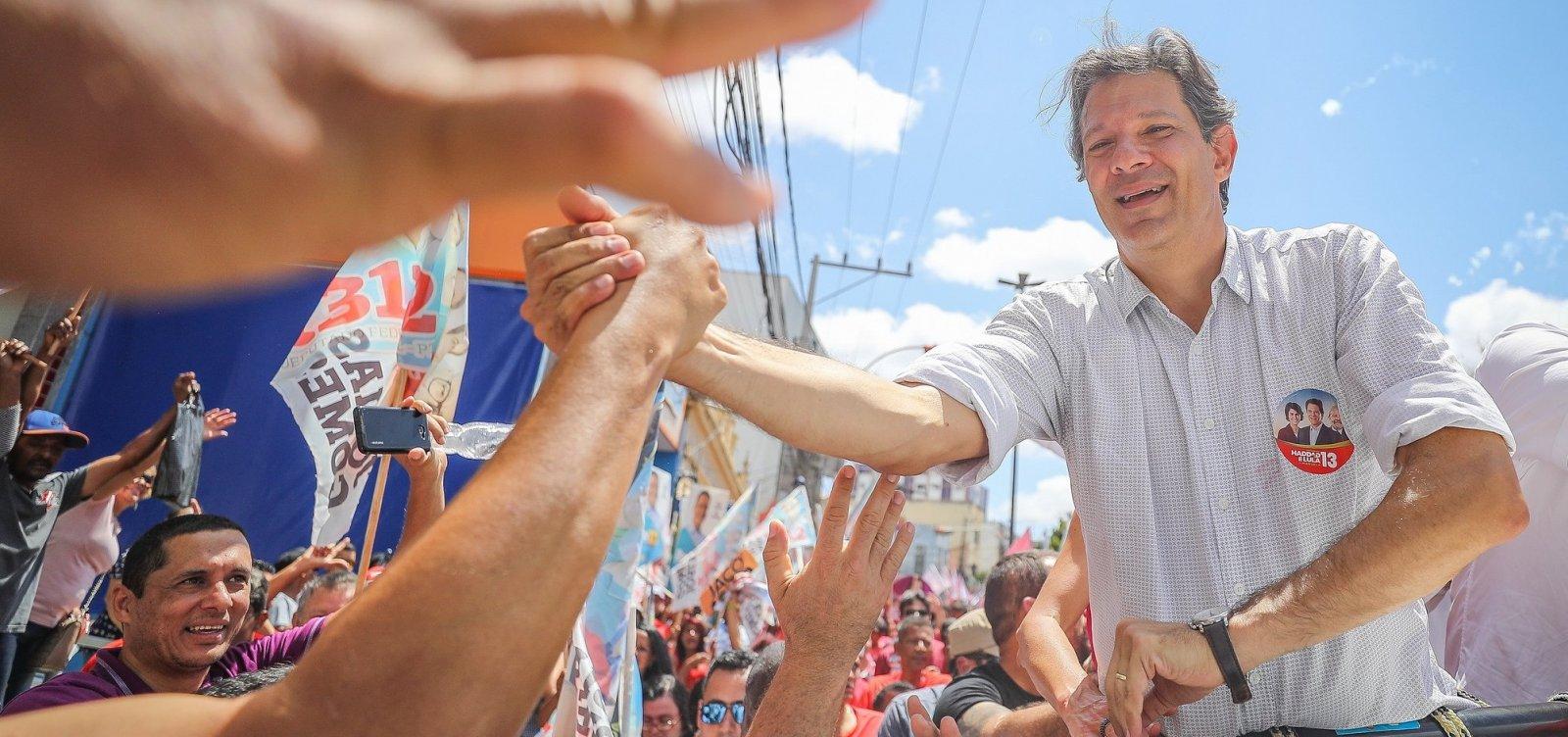 Haddad participa de caminhada em Salvador na sexta-feira