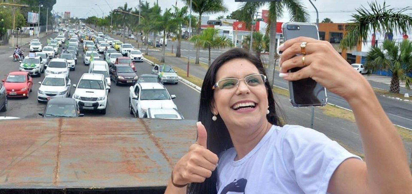 ACM Neto oferece secretaria para marido de presidente do PSL