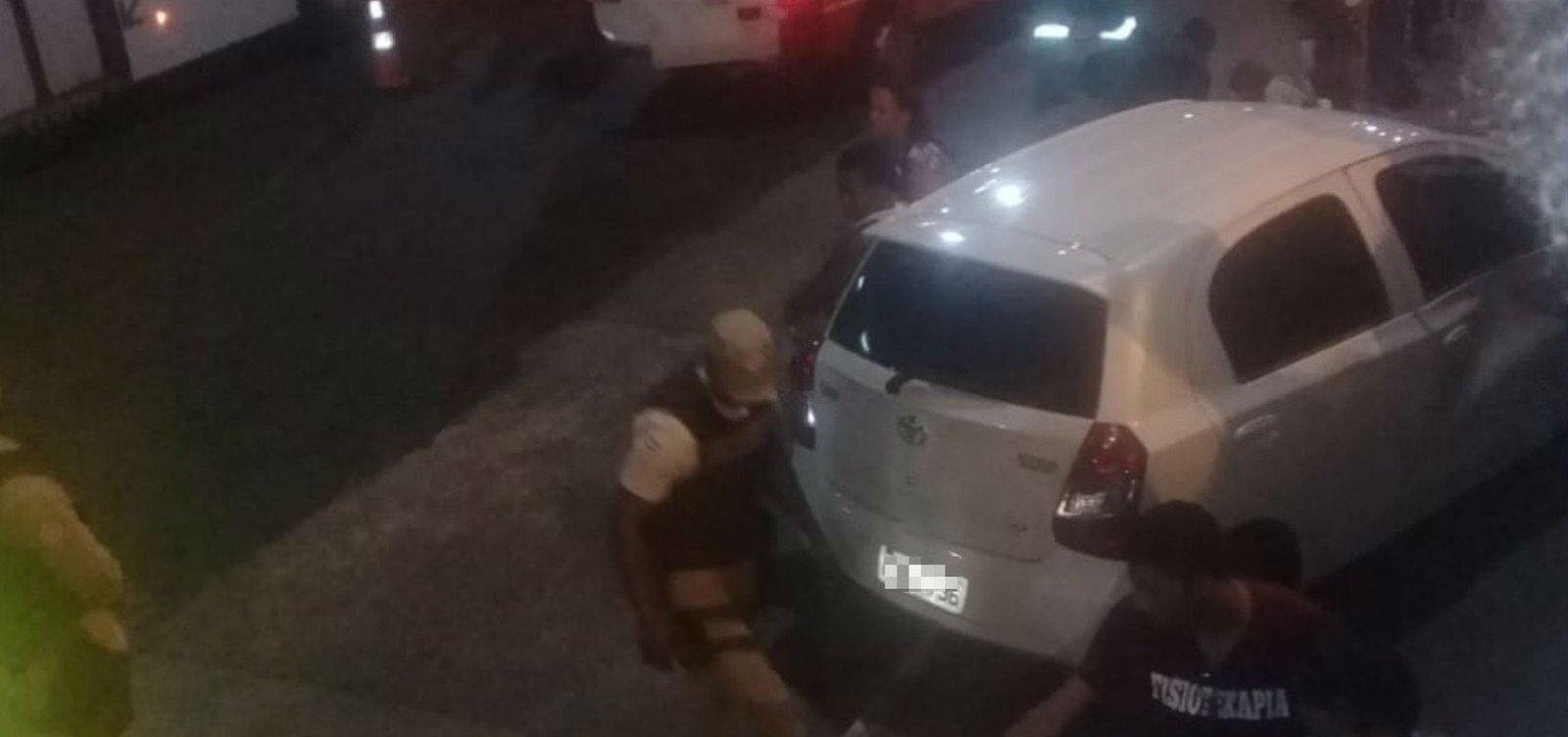 Carro invade calçada e deixa seis feridos na Paralela
