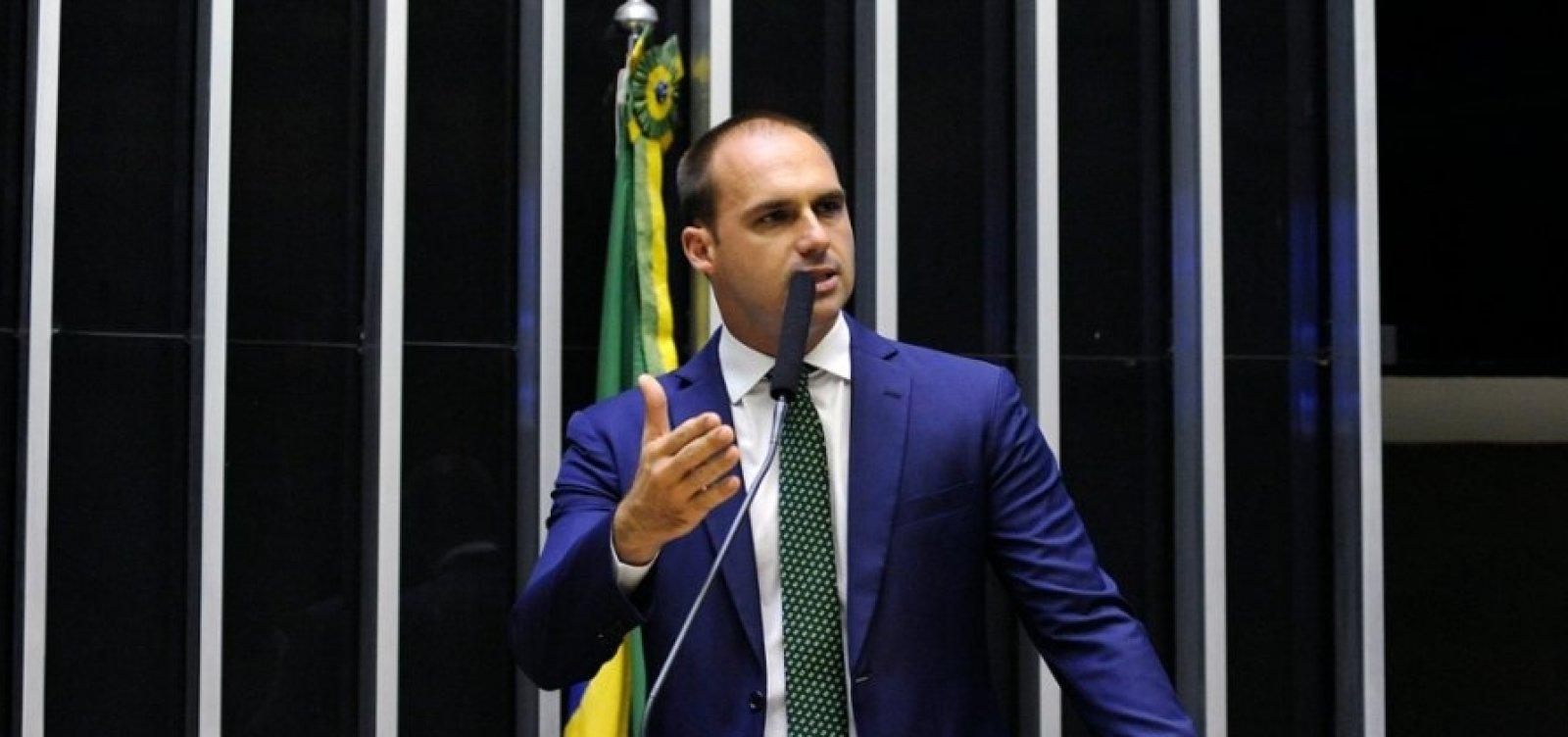 Supremo tenta intimar filho de Bolsonaro, mas não consegue localizá-lo