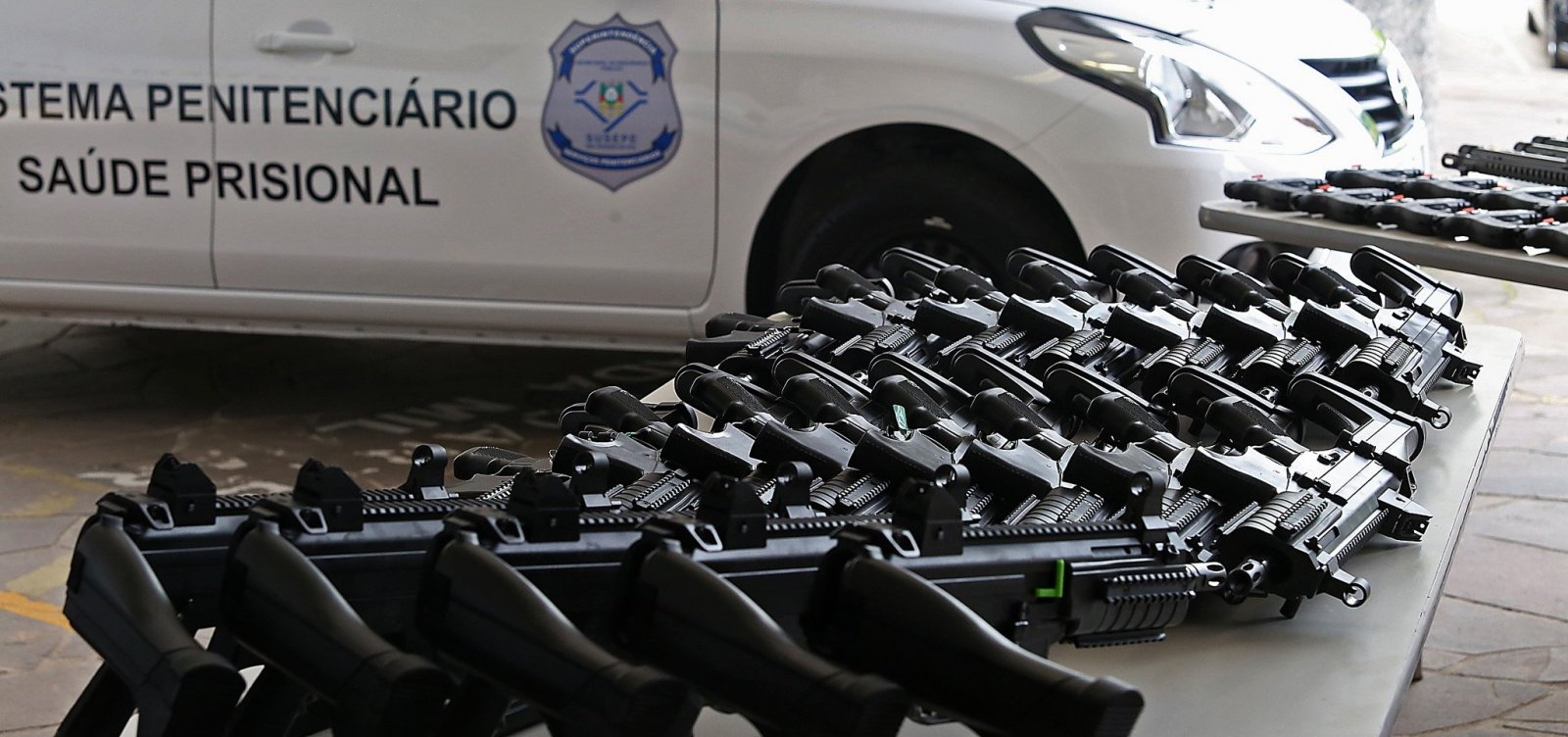 Novos fabricantes de armas se preparam para entrar no mercado brasileiro