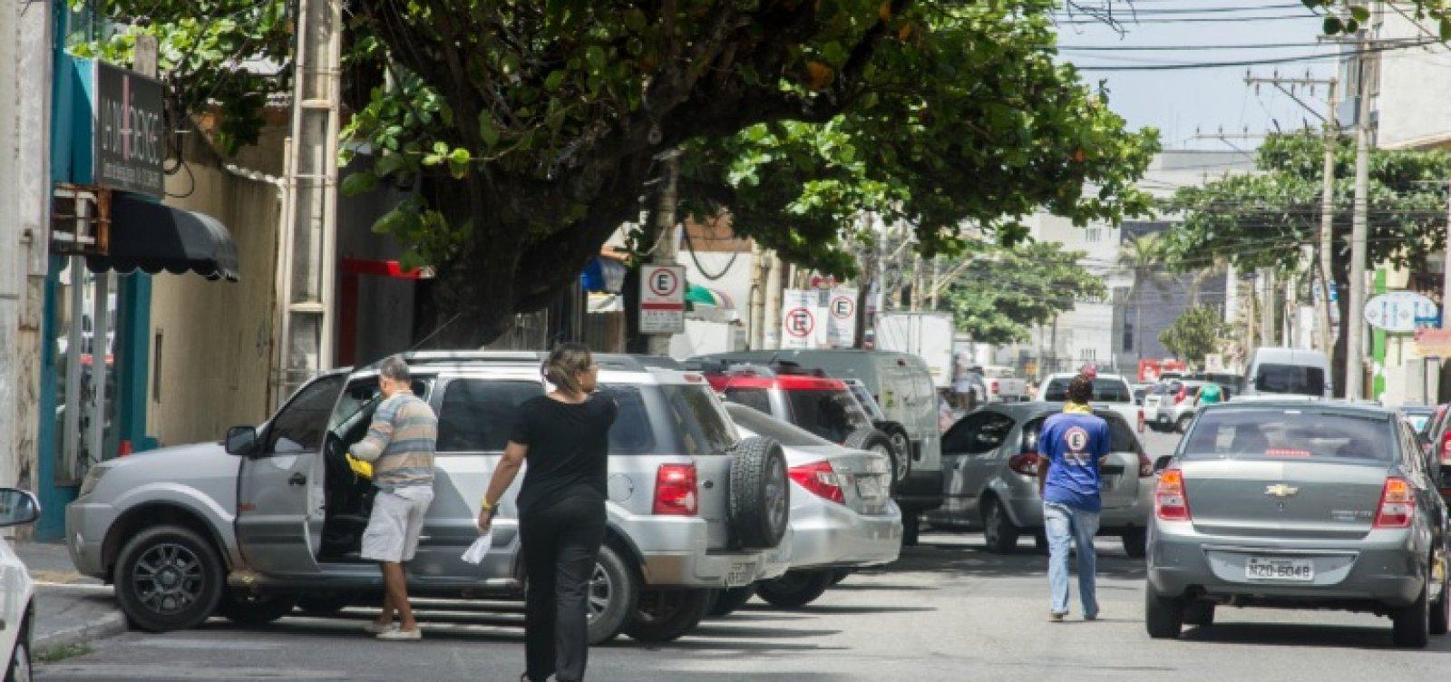 Irritados com a modernização da Zona Azul, guardadores ameaçam motoristas em Salvador