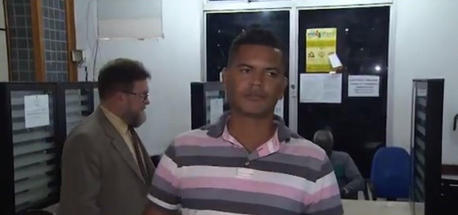 Motorista suspeito de prender perna de passageira em ônibus é demitido