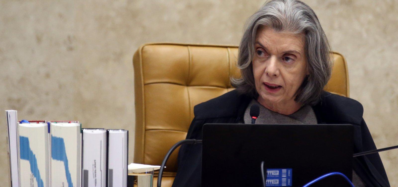 Cármen Lúcia cita 'falta de liberdade' e suspende ação de policiais em universidades