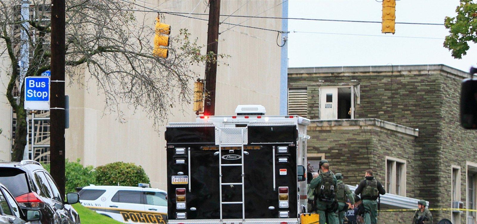 Atirador que matou 11 pessoas em sinagoga nos EUA fazia posts antissemitas na web