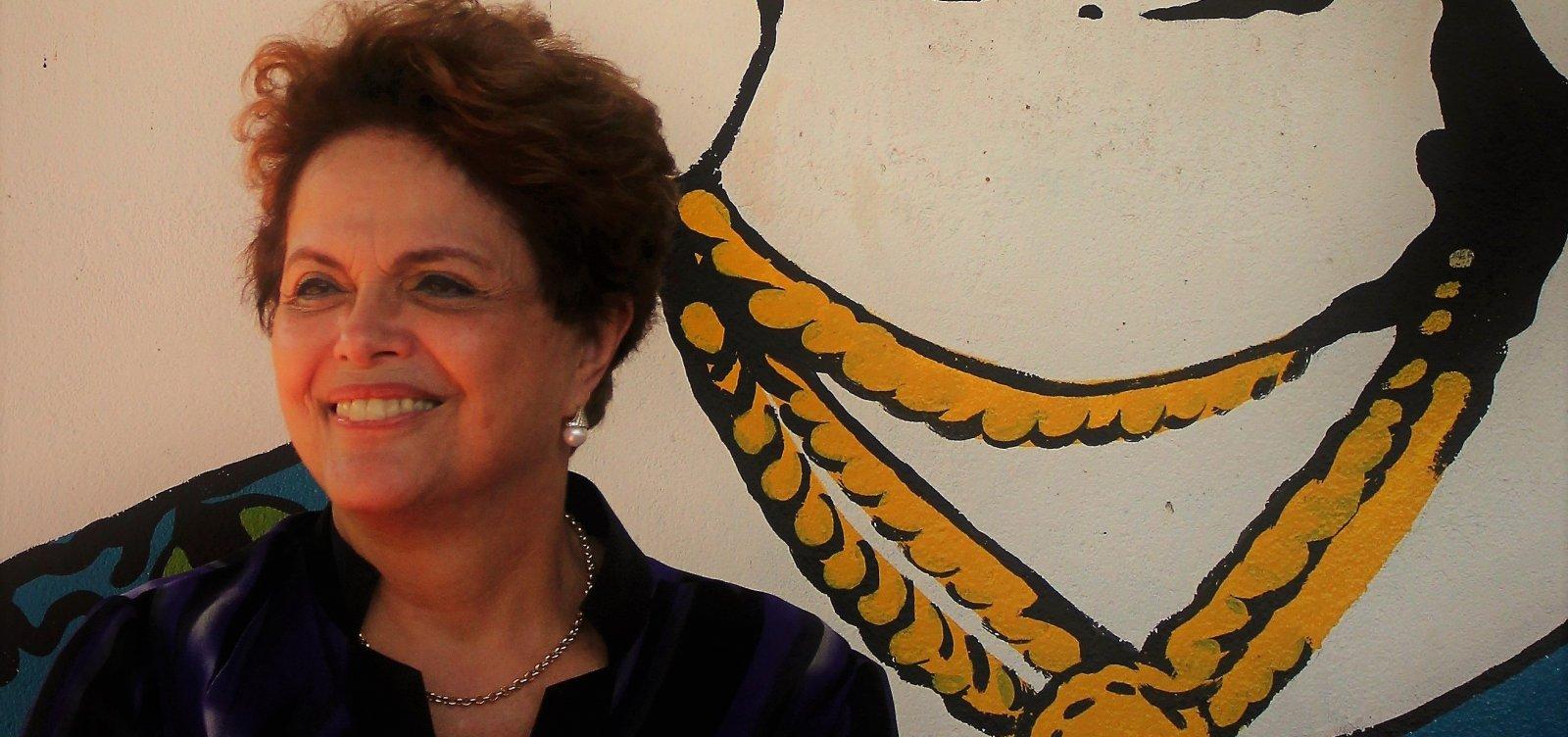 'Bolsonaro morreu pela boca', diz Dilma após votar em MG