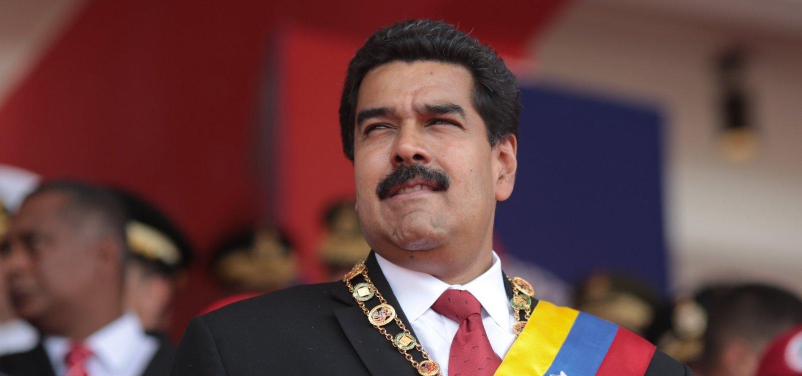 Nicolás Maduro parabeniza Bolsonaro por vitória presidencial