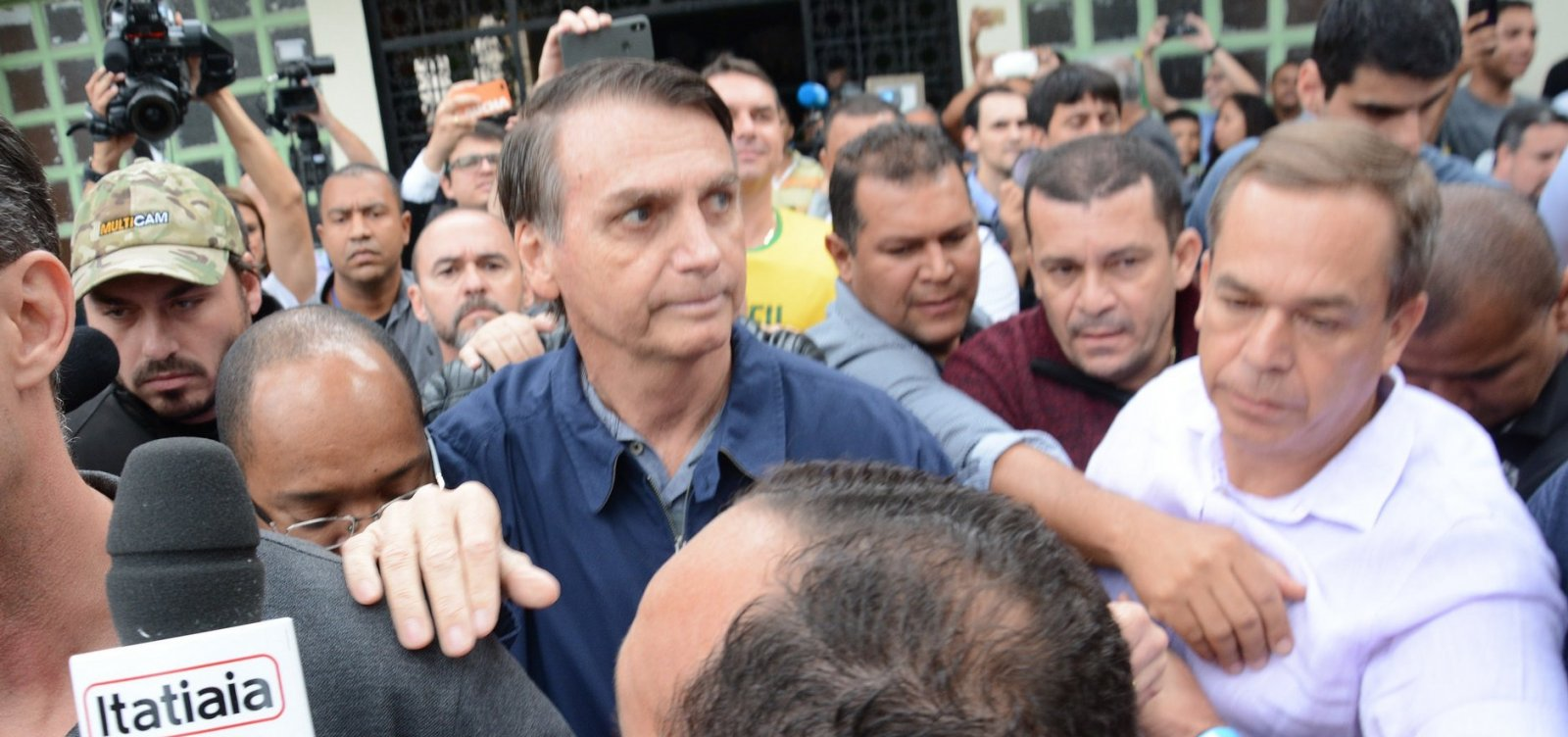 Desempenho de Bolsonaro na Bahia foi pior do que o de Aécio e Serra
