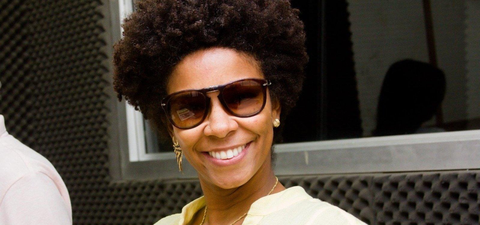 Após ataques racistas, jornalista Rita Batista aciona Justiça
