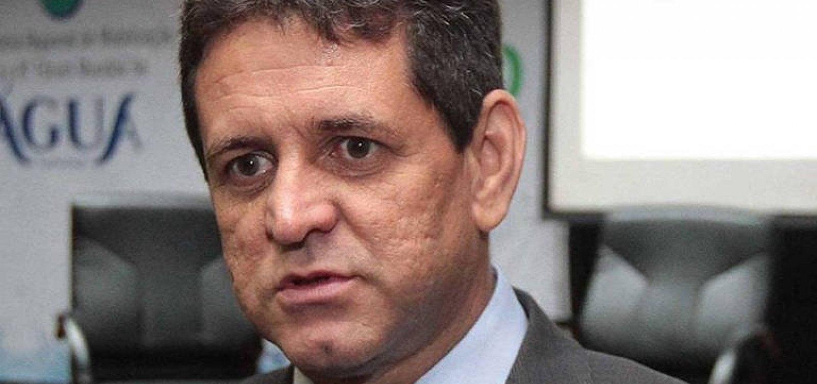 Ministro do Meio Ambiente teme fusão anunciada por Bolsonaro