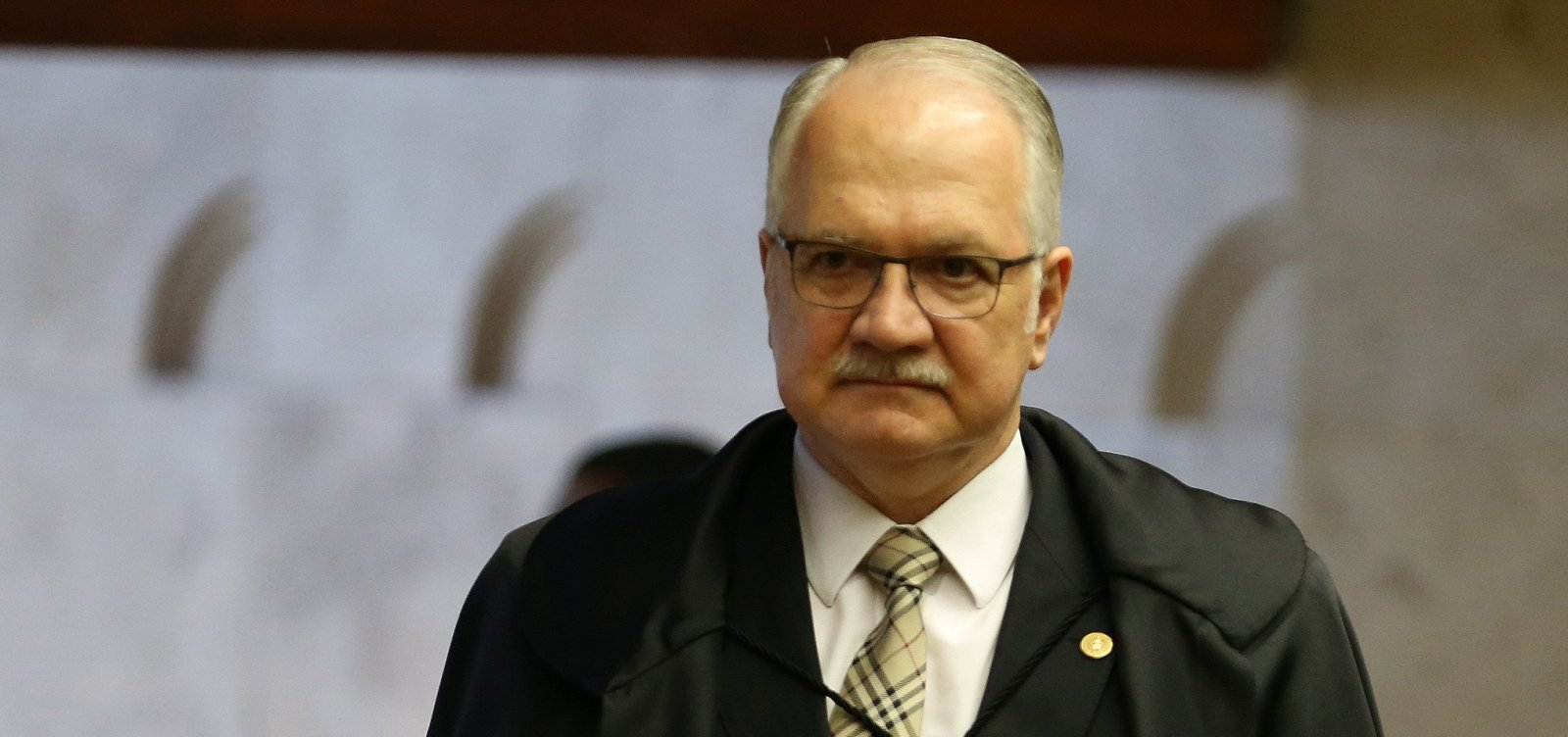 Fachin suspende inquérito que investigava Temer por propina da Odebrecht